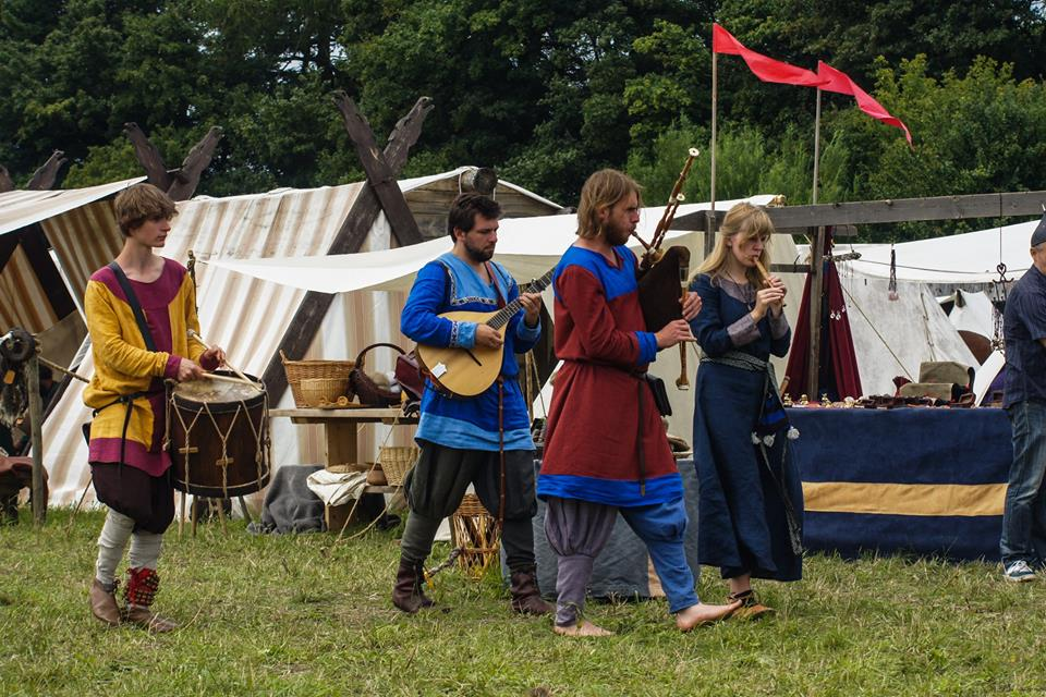 Tiempos vikingos en Fröja Thing <br> Foto: vikingatider / facebook