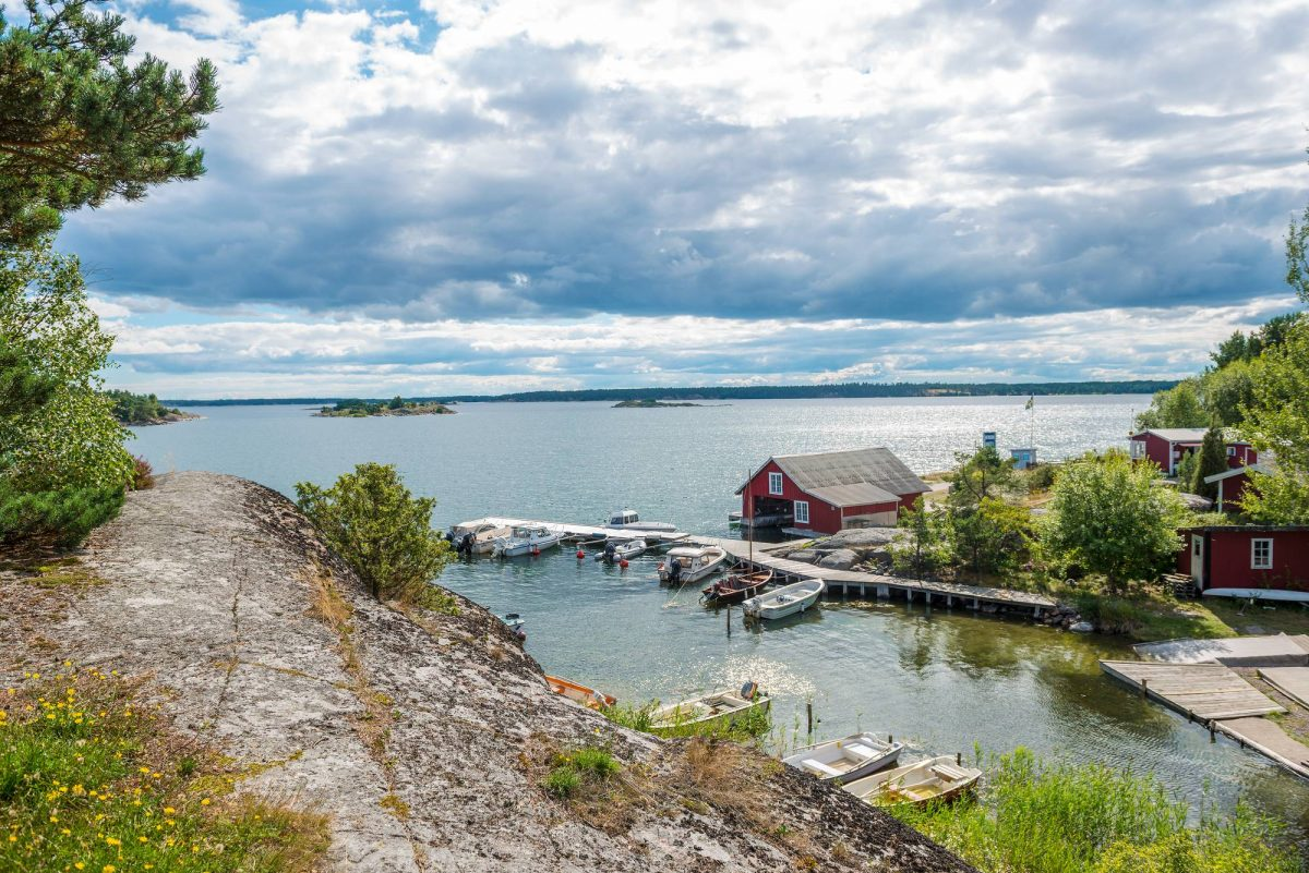 Vistas en las cercanías de Söderköping, Östergötland, Suecia <br> Foto: Linda Beasley, Studio Piqtura