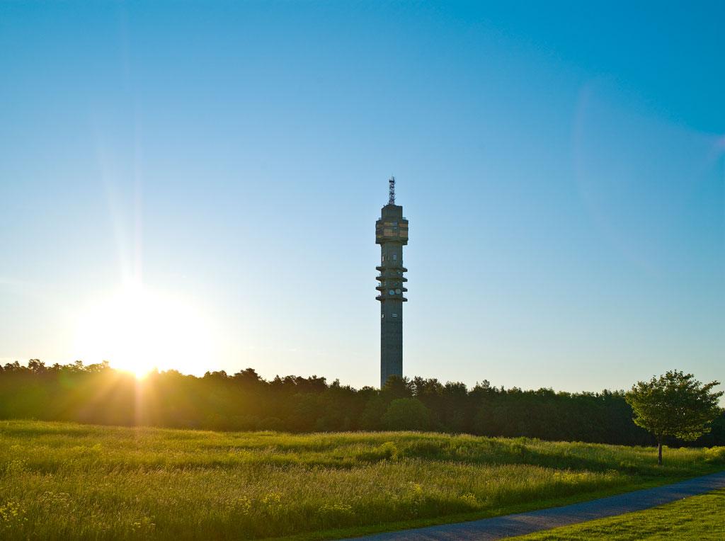 La torre de televisión Kaknästornet en Estocolmo <br> Foto: Facebook / Kaknästornet