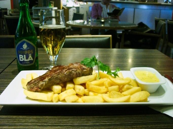 Bistec de cerdo con salsa Bernaise en Suecia, Foto: Israel Úbeda / sweetsweden.com