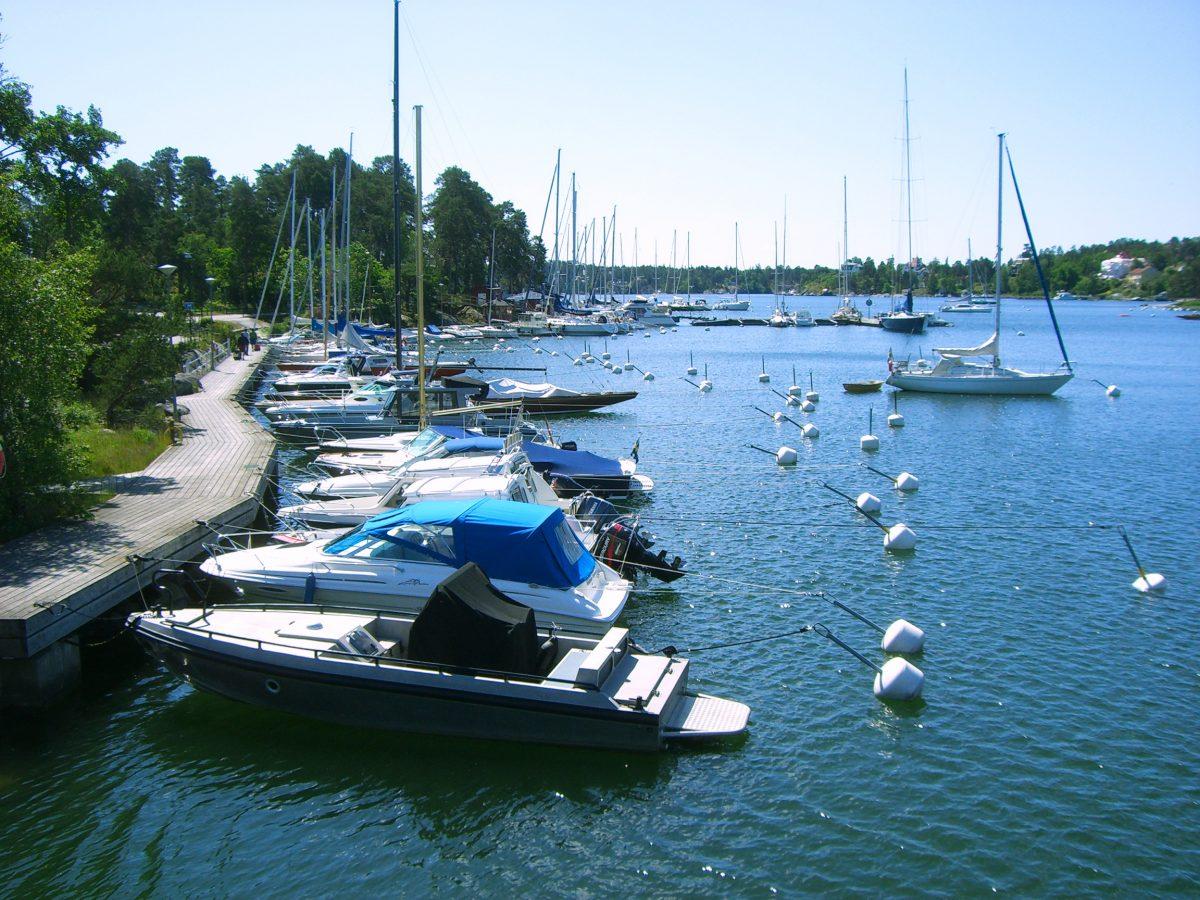 Puerto en Saltsjöbaden al sur de Estocolmo <br> Foto: Israel Úbeda / sweetsweden.com