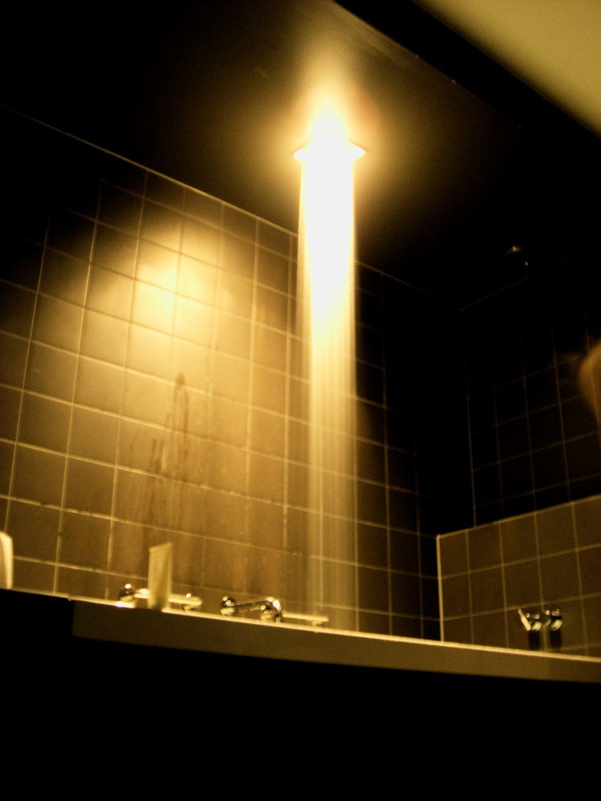 La curiosa ducha del hotel Skeppsholmen <br> Foto: Israel Úbeda / sweetsweden.com