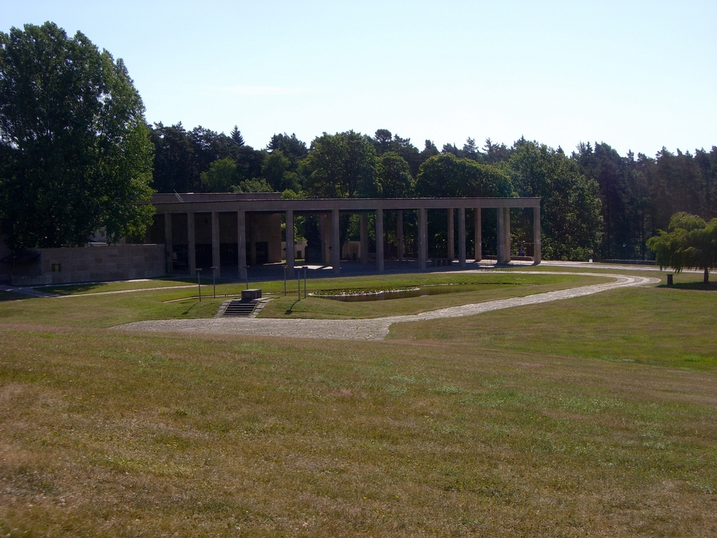 Vista del crematorio y las capillas <br> Foto: Israel Úbeda / sweetsweden.com