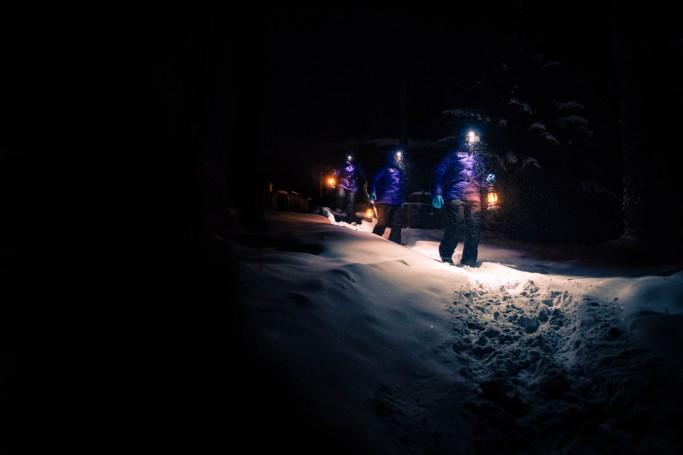 Caminando por la nieve - Foto: Ted Logardt / visitskellefteå.se