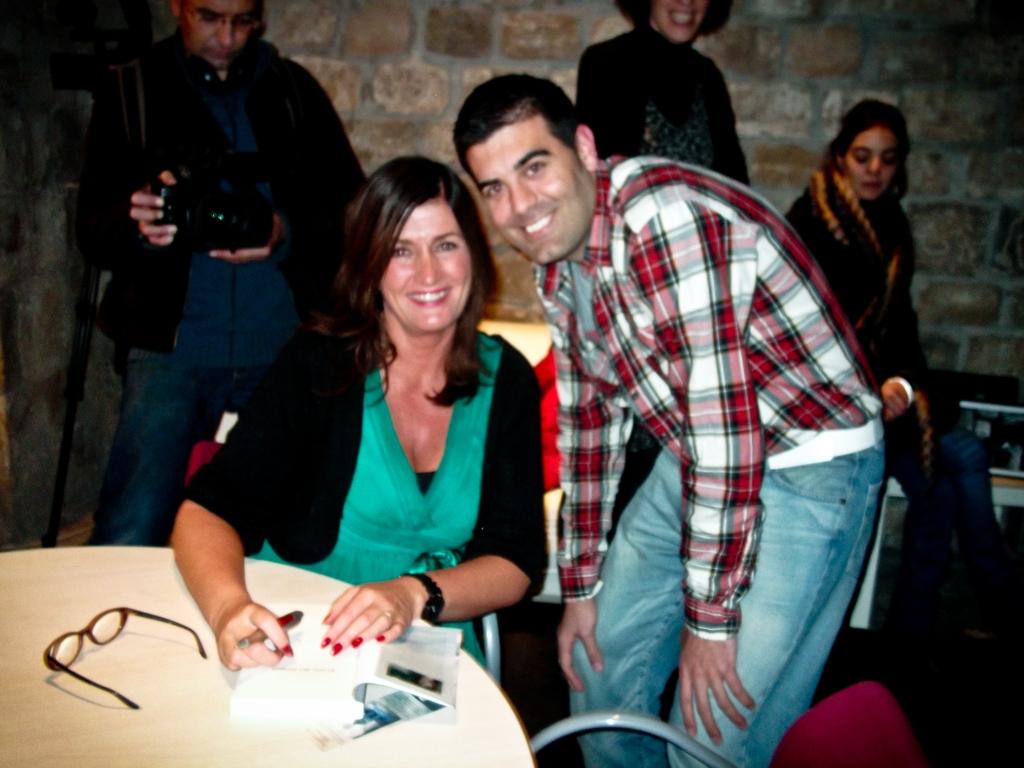 Con Mari Jungstedt en una foto borrosa :(