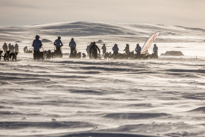 Por las planicies de la Laponia sueca en la Fjällraven Polar