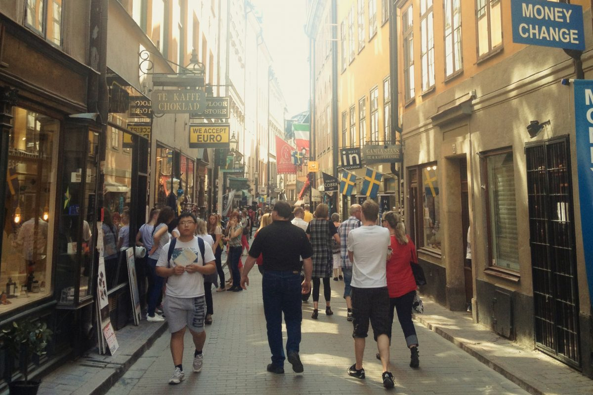 Västerlånggatan la tienda de souvenirs en Gamla Stan Foto: Israel Úbeda / sweetsweden.com