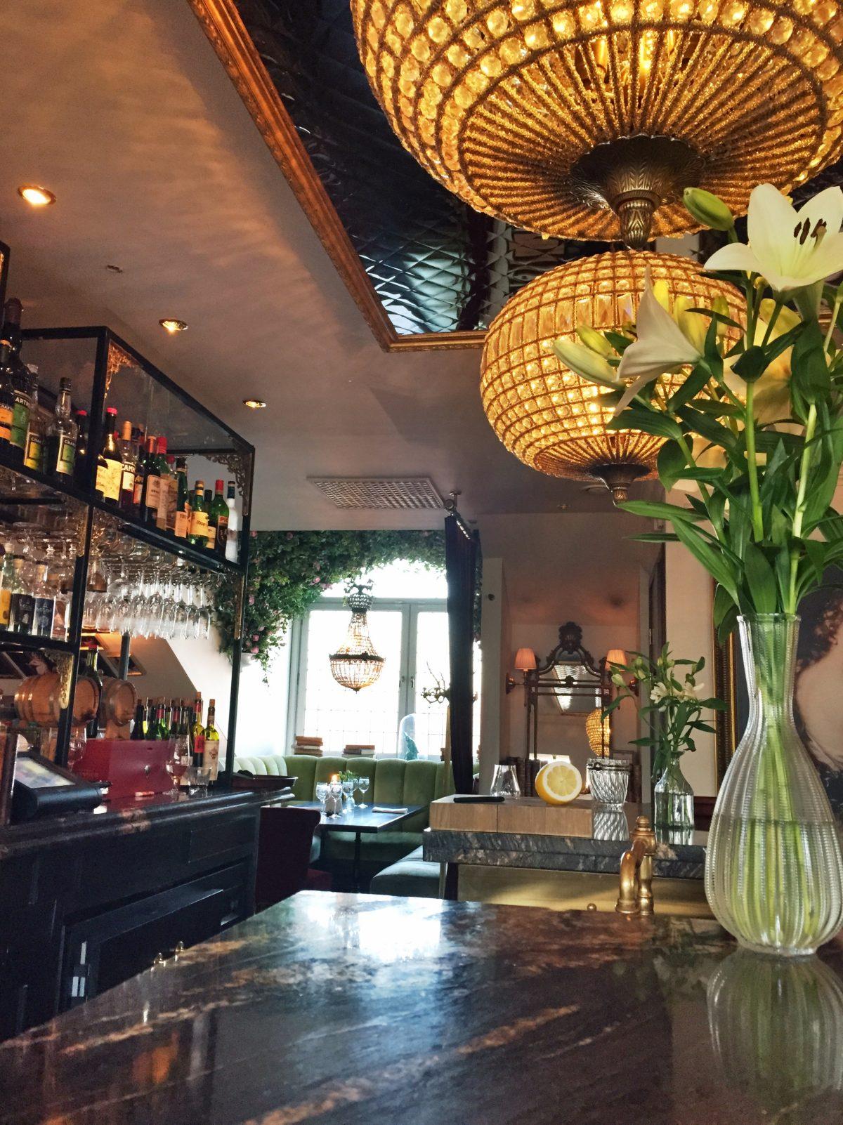 Bar del hotel Pigalle en Gotemburgo <br> Foto: Israel Úbeda / sweetsweden.com