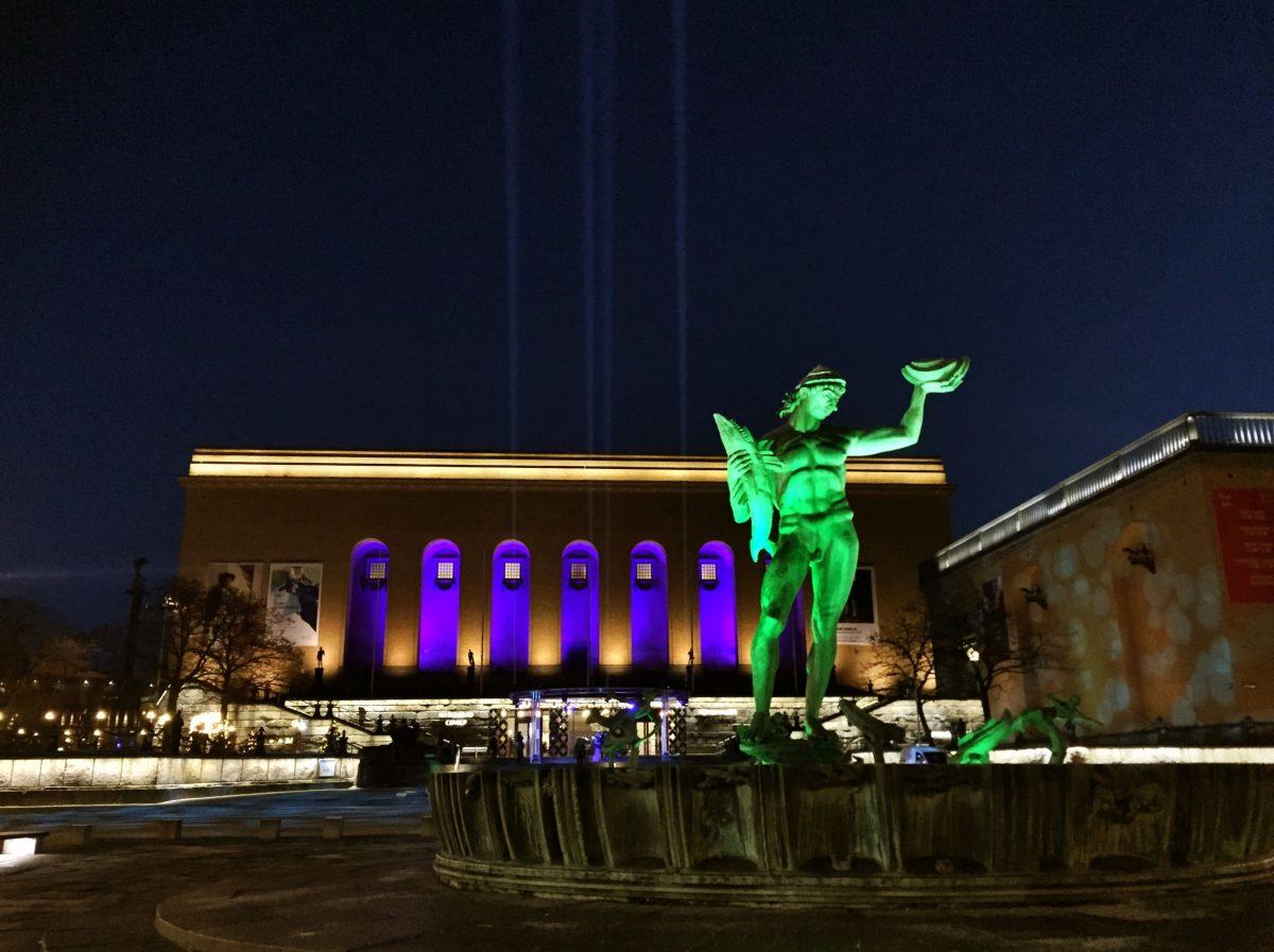 Poseidón y el Museo de arte de Gotemburgo en Götaplatsen <br> Foto: Israel Úbeda / sweetsweden.com
