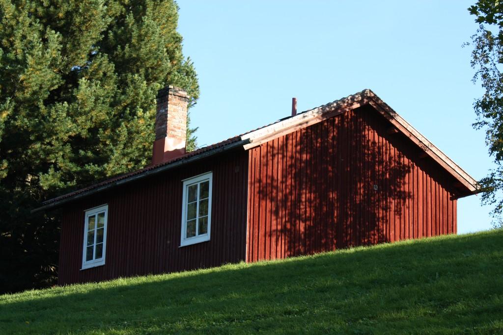 Típica cabaña sueca de color rojo <br> Foto: Israel Úbeda / sweetsweden.com