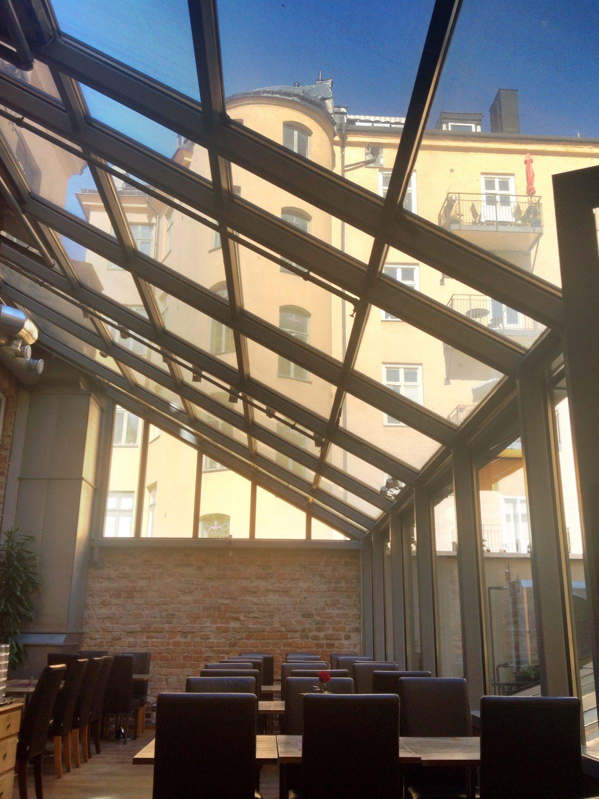 Sala de desayuno del hotel Hellsten <br> Foto: Israel Úbeda / sweetsweden.com