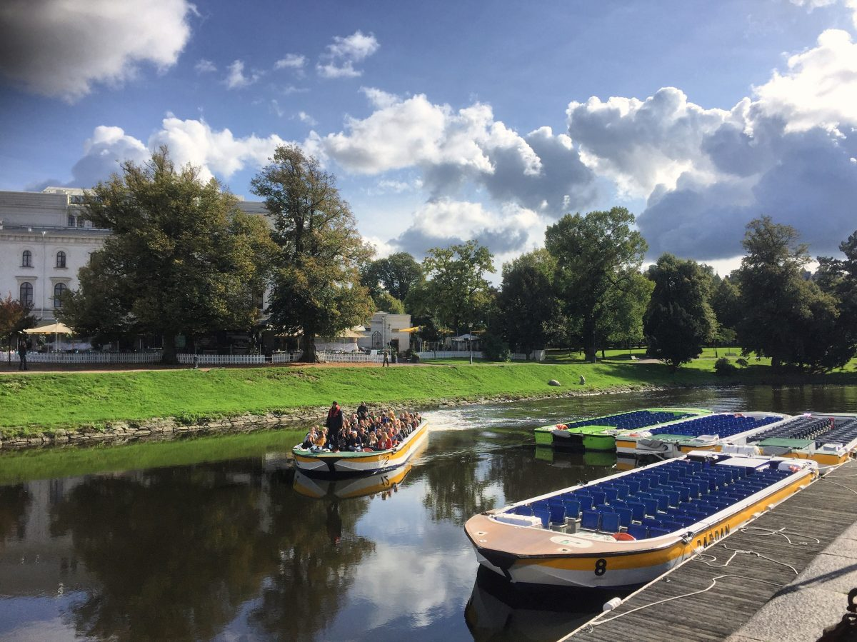 Paddan takes you by boat through Gothenburg's many channels <br /> Photo: Israel Úbeda / sweetsweden.com