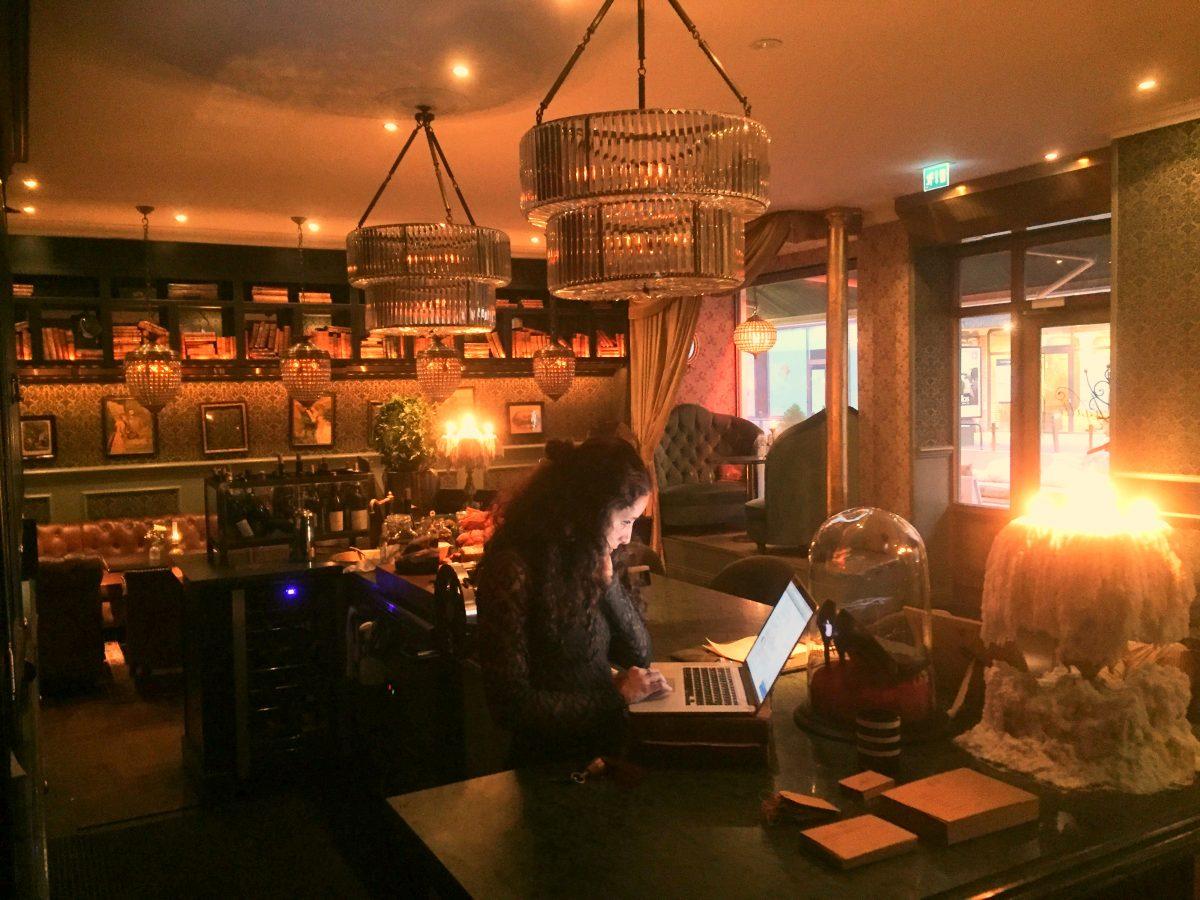 Recepción del Hotel Pigalle en Gotemburgo <br> Foto: Israel Ubeda / sweetsweden.com