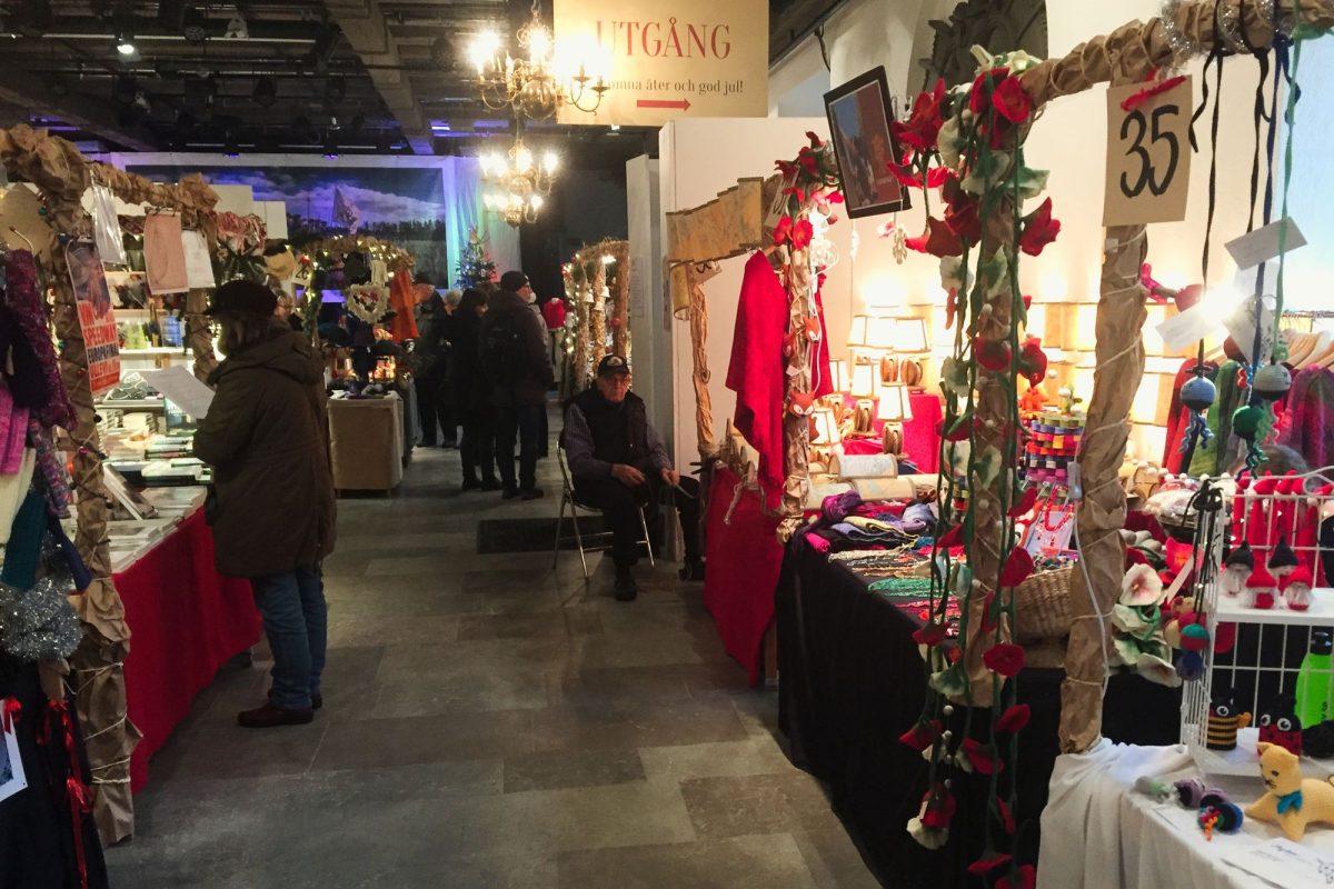 Interior de mercado de Navidad de Kronhuset, Gotemburgo