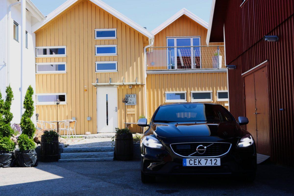 Con el Volvo alquilado con Hertz en Salt o Sill <br> Foto: Israel Úbeda / sweetsweden.com