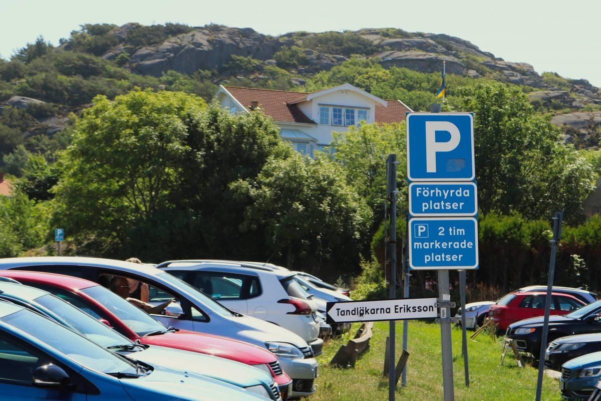 Aparcamiento con plazas prealquiladas de aparcamiento en Suecia