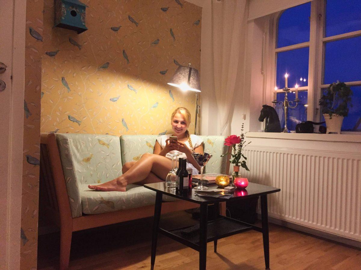 Descansando en Annas Hotell <br> Foto: Israel Úbeda / sweetsweden.com