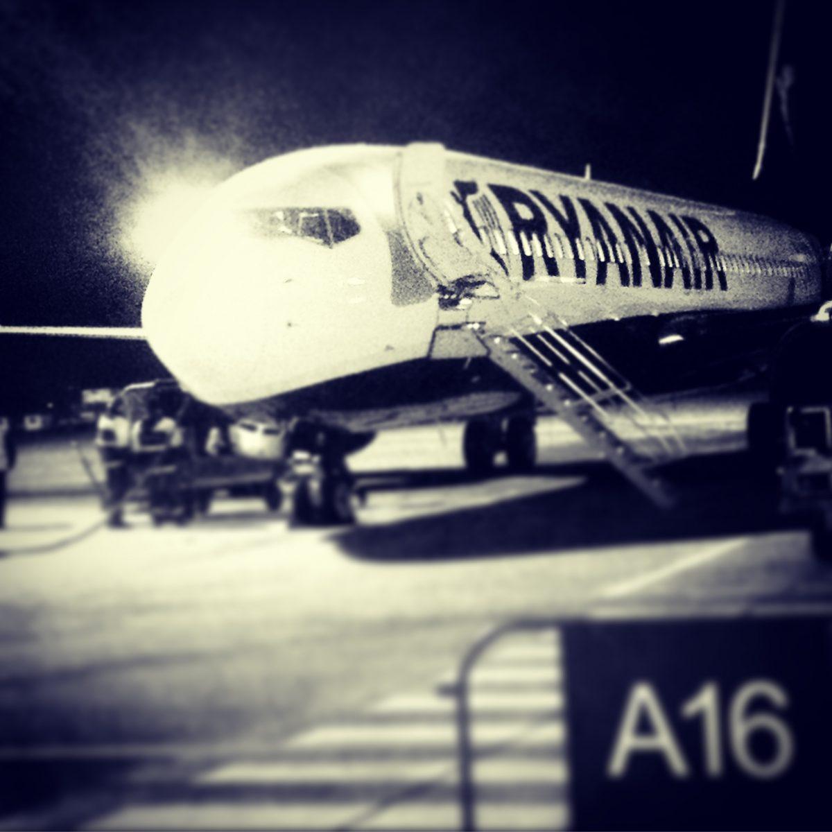 Avión de Ryanair <br> Foto: Israel Úbeda / sweetsweden.com