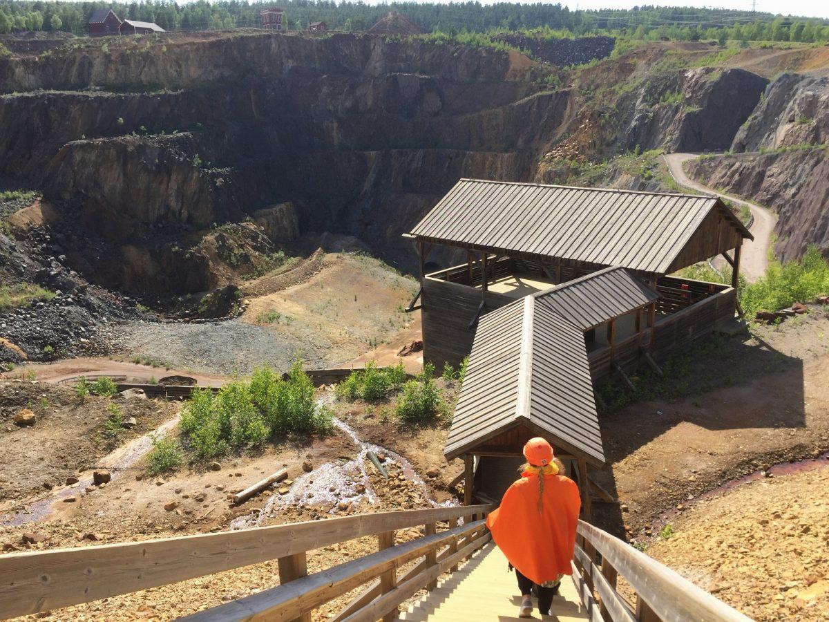 Bajando a visitar la Mina de Cobre de Falun <br> Foto: Israel Úbeda / sweetsweden.com