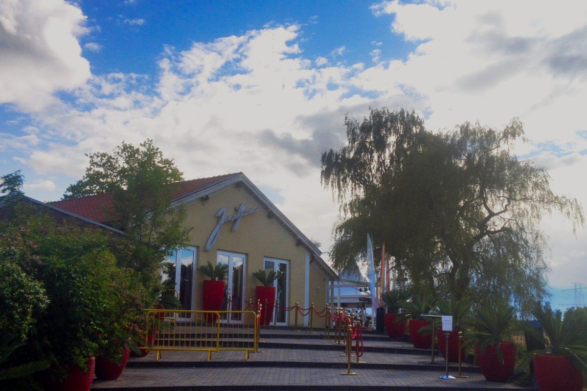 Entrada al Restaurante Josefina en Estocolmo <br> Foto: Israel Ubeda / sweetsweden.com