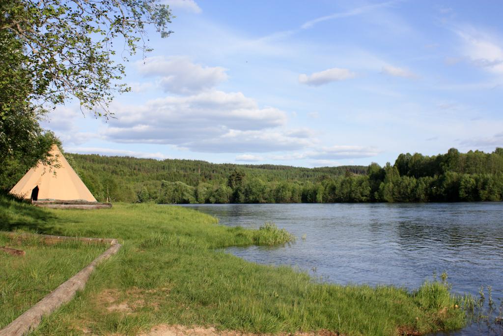 Vista del río Klara desde Stöllet <br> Foto: Israel Úbeda / sweetsweden.com