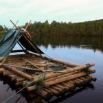 La balsa de troncos lista para surcar el río Klara, foto: Israel Úbeda - sweetsweden.com