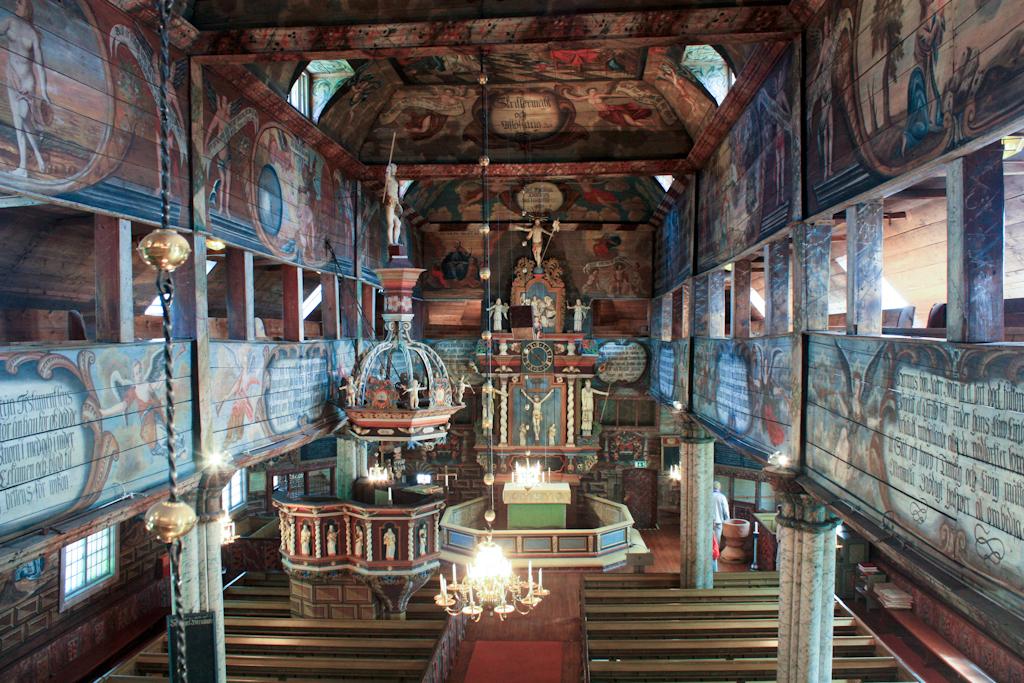 Interior de la iglesia de Habo <br> Foto: Israel Úbeda / sweetsweden.com
