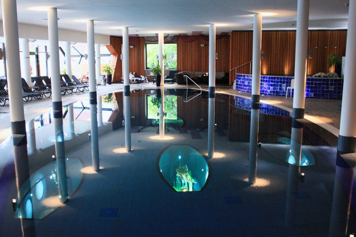 Piscina interior del Kosta Boda Art Hotel <br> Foto: Israel Úbeda / sweetsweden.com