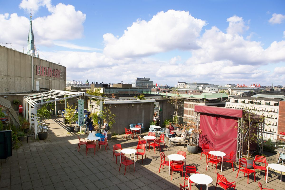 Kulturhustaket meets culture, drinks and a urban jungle in the very heart of Stockholm<br /> Foto: Matilda Rahm