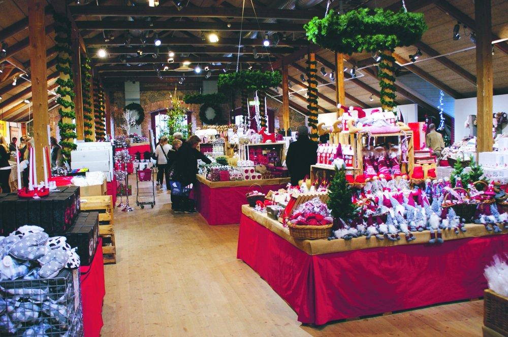 Mercado de Navidad del Castillo de Steninge cerca de Sigtuna <br> Foto: destinationsigtuna.se