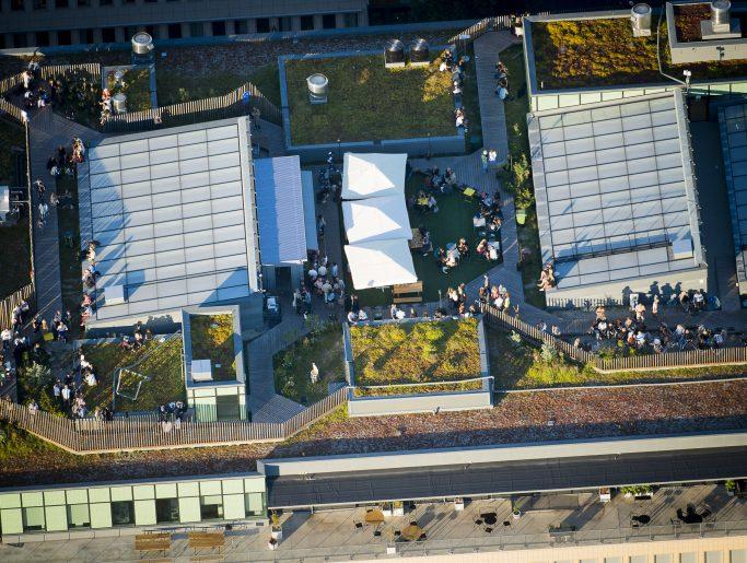 Foto aérea de la terraza de Urban Deli en Sveavägen, Estocolmo - Foto: Urban Orzolek