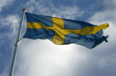 Bandera sueca ondeando al viento