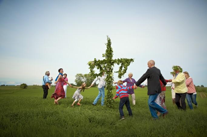 Midsommar en Suecia - Foto: Carolina Romare / imagebank.sweden.se