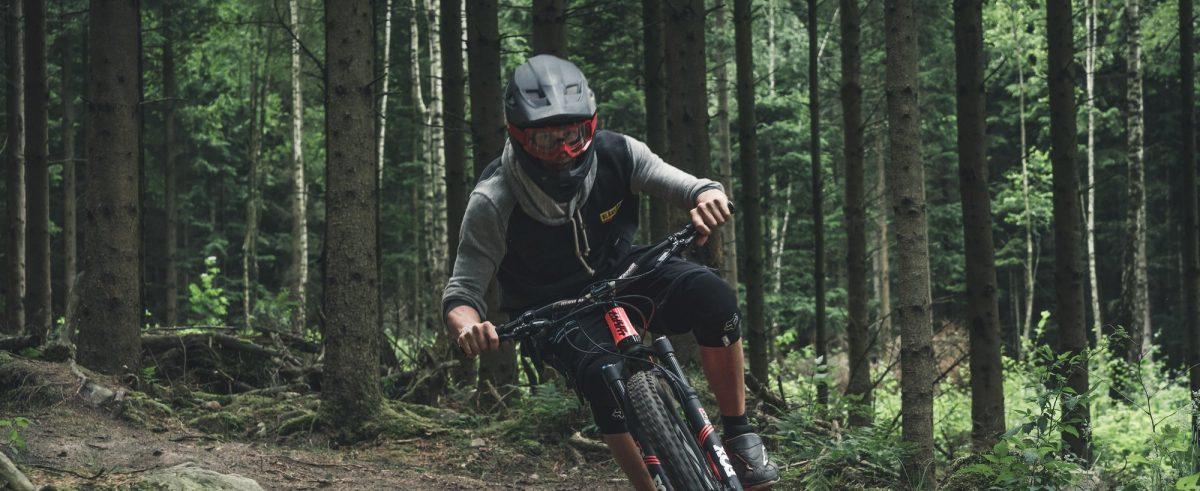 Descenso en mountain bike en Vallasen, Halland, Suecia <br> Foto: vallasen.se