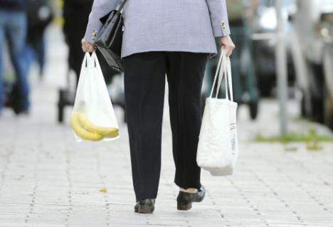 Pensionistas suecos y la bajada de pensiones para el 2011 - Foto: Fredrik Sandberg / SCANPIX