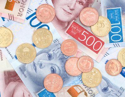 Portar diners en efectiu o targeta de crèdit i on canviar a Estocolm