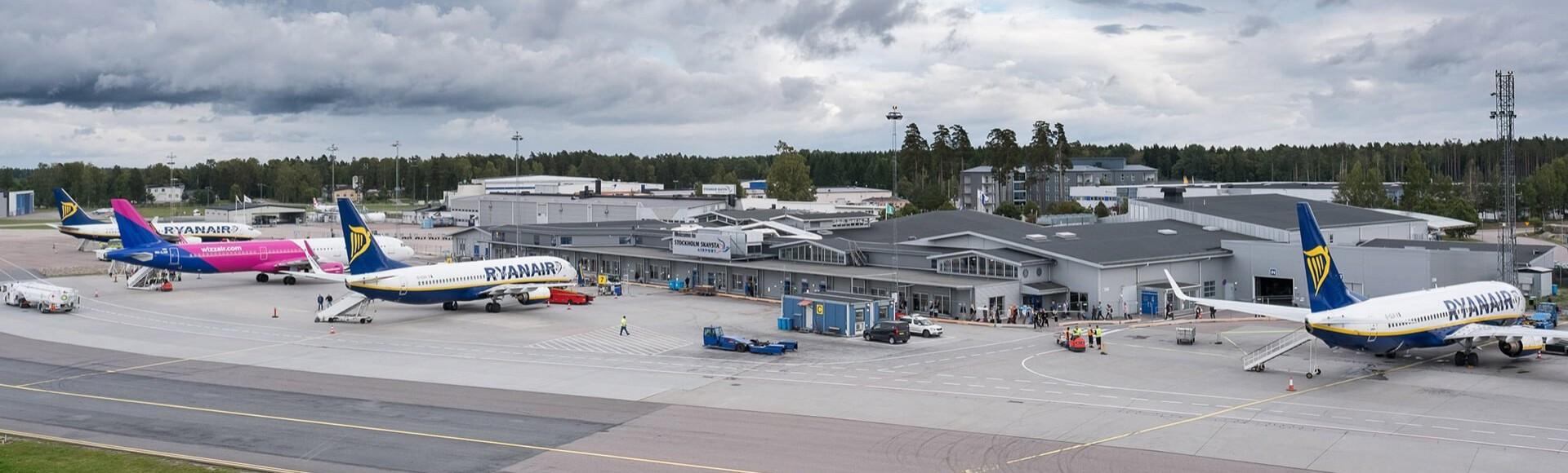 Der günstigste Weg vom Flughafen Skavsta zum Zentrum von Stockholm