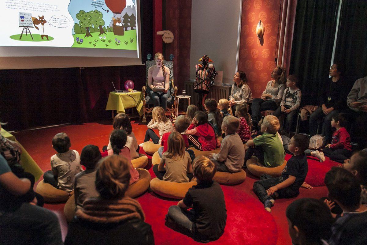 Teatro en la casa de la cultura de Alfie Atkins en Gotemburgo <br> Foto: Beatrice Törnros
