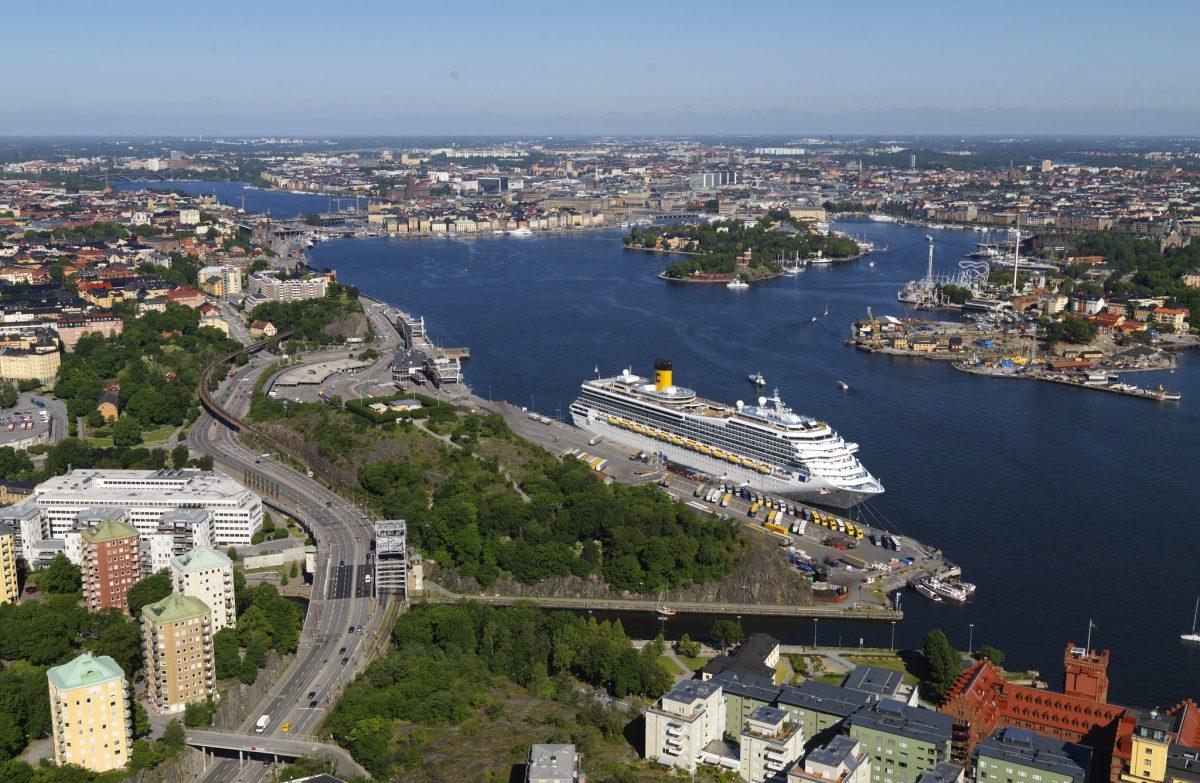 Crucero atracado en el muelle de Stadsgården en Estocolmo <br> Foto: Ports of Stockholm