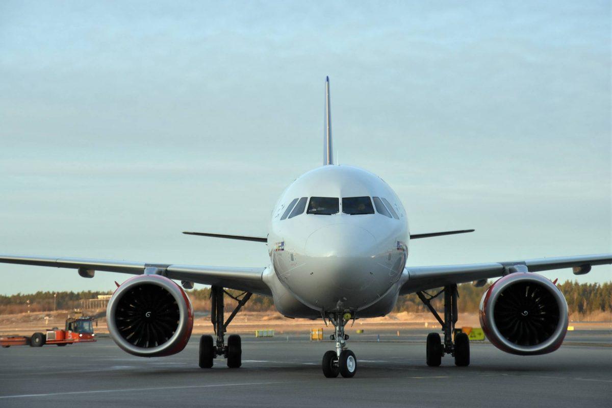 Avión en el aeropuerto de Arlanda <br> Foto: Victoria Ström