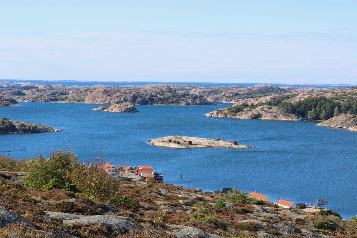 Vista del archipiélago de Fjällbacka <br> Foto: Israel Ubeda / sweetsweden.com