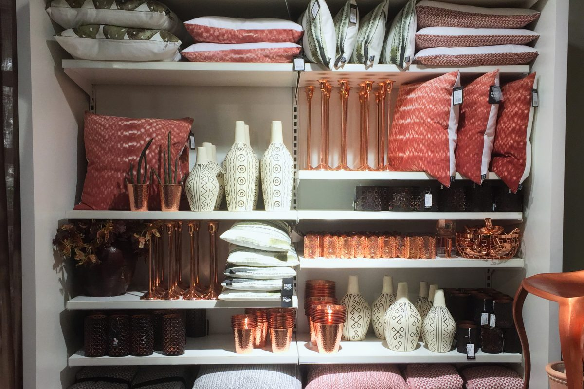 Objetos de decoración e interiorismo para el hogar en una tienda de Estocolmo <br> Foto: Israel Ubeda / sweetsweden.com