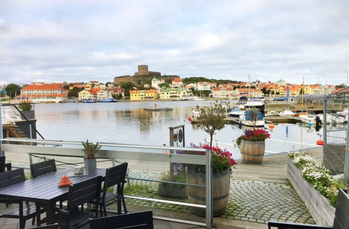 La isla de Marstrand y la fortaleza de Carlsten desde el hotel <br> Foto: Israel Ubeda / sweetsweden.com
