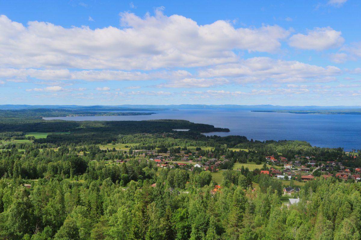 Vista del lago Siljan desde Vidablick <br> Foto: Israel Úbeda / sweetsweden.com