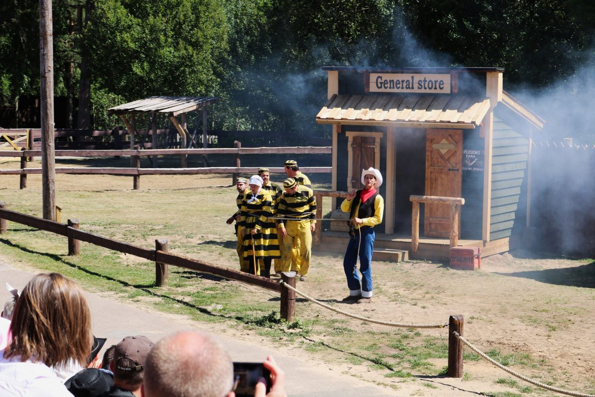 Show de Lucky Luke en el parque temático del Salvaje Oeste High Chaparral <br> Foto: Israel Úbeda / sweetsweden.com