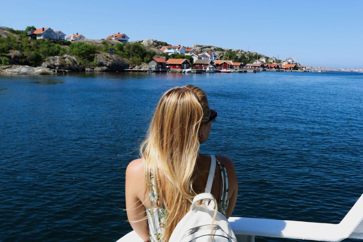 En barco de isla en isla por el archipiélago de Bohuslän <br> Foto: Israel Úbeda / sweetsweden.com