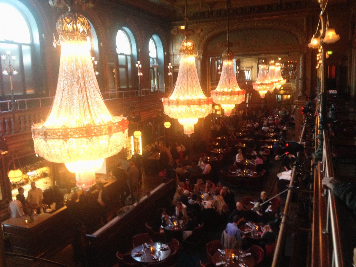 IMG_6192-Interior del restaurante del hotel Berns