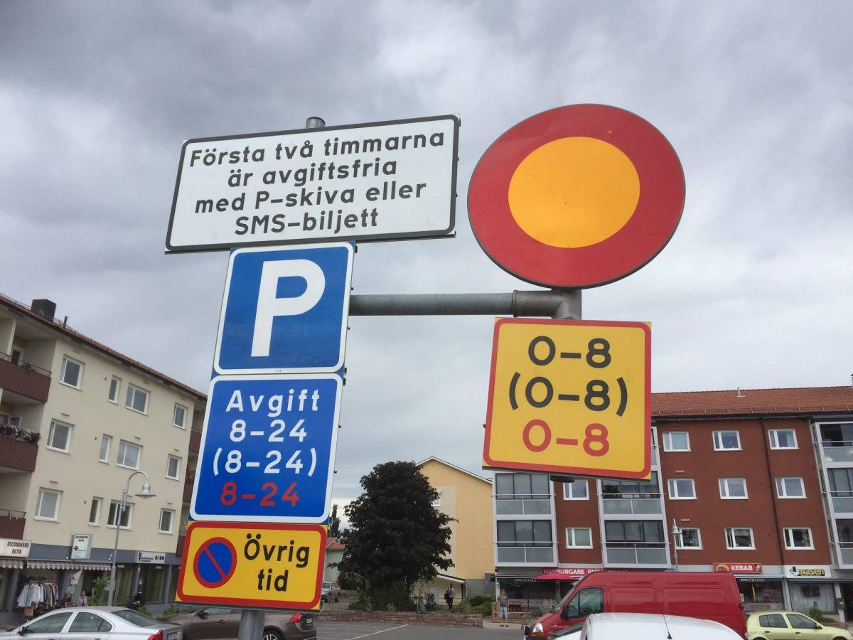 Aparcamiento complicado en Suecia
