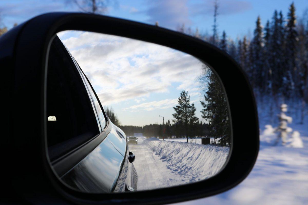 En coche por Laponia