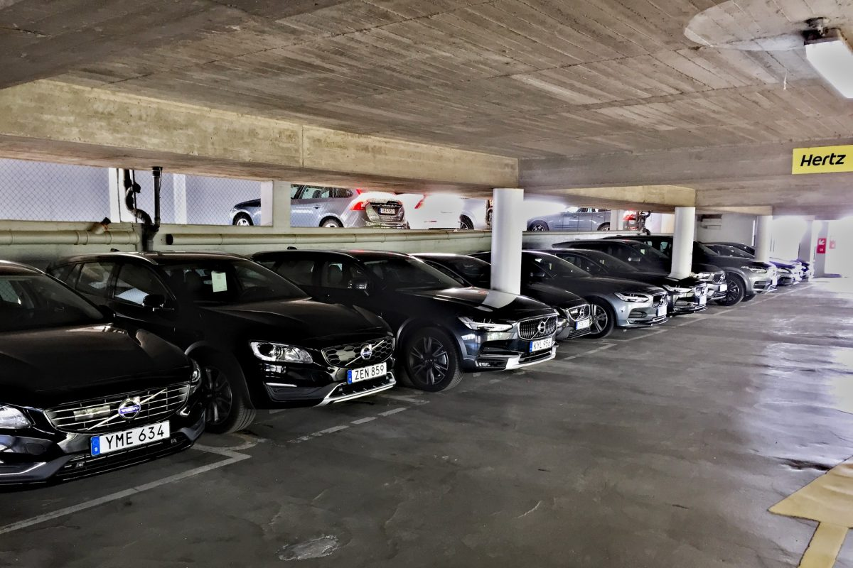A collection of Volvos from Hertz to be rented at the Malmö office <br /> Photo: Israel Úbeda / sweetsweden.com
